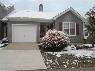 Townhouse for sale in 822 Horseshoe Lane, Florence, KY, 41042
