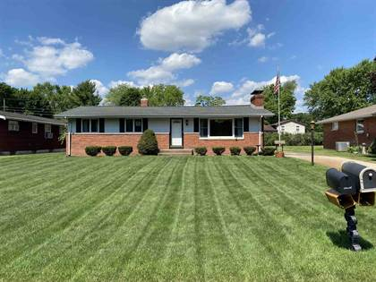 Residential for sale in 54375 32nd Street, Greater Roseland, IN, 46635