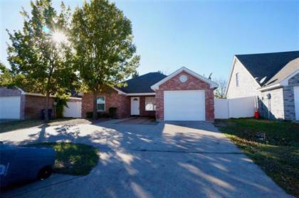 Residential for sale in 3221 Light Pointe Drive, Dallas, TX, 75228