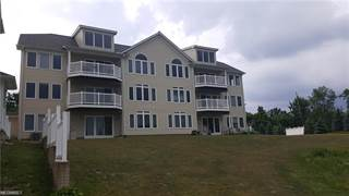 Condo for sale in 5239 Lake Rd West 404, Ashtabula, OH, 44004