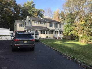Single Family for sale in 633 GLEN RD, Greater Lake Mohawk, NJ, 07871