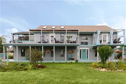 Residential Property for sale in 54 Pocono Road, Seaweed Beach, RI, 02882