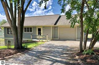 Single Family for sale in 740 Grant Street, Traverse City, MI, 49686