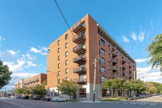 Condo for sale in 974 West 35th Place 303, Chicago, IL, 60609