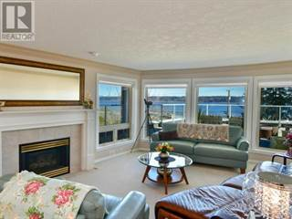 Condo for sale in 700 ISLAND S HWY, Campbell River, British Columbia, V9W1A6