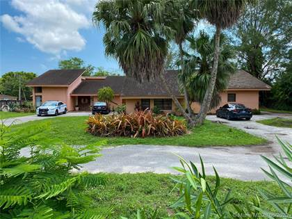 Residential Property for sale in 7420 SW 72nd St, Miami, FL, 33143