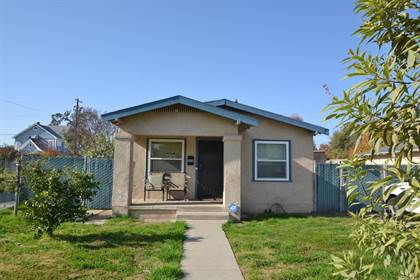 Residential for sale in 944 S 7th Street, Fresno, CA, 93702