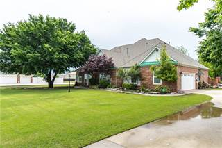 Photo of 3730 W INDIAN HILLS Road, Norman, OK