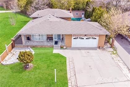 Residential Property for sale in 404 LIMERIDGE Road W, Hamilton, Ontario, L9C 2V5