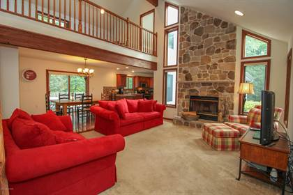 Residential Property for sale in 382 Lower Seese Hill Rd, Canadensis, PA, 18325