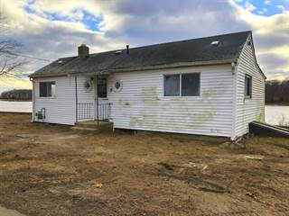 Residential Property for sale in 145 Sea View Drive, Warwick, RI, 02889