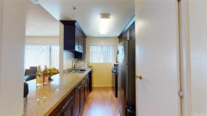 Residential Property for sale in 9014 Burnet Avenue 102, North Hills, CA, 91343