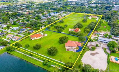 Residential Property for sale in 4190 SW 75th Cir E, Davie, FL, 33314