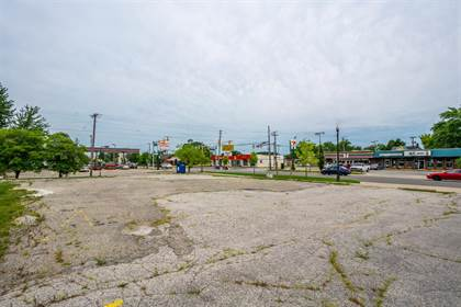 Commercial for sale in 707 Lincolnway, Valparaiso, IN, 46383