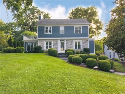 Residential for sale in 225 Edwin Avenue, Glendale, MO, 63122