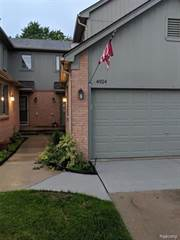 Condo for sale in 4924 ROYAL COVE Drive, Greater Sterling Heights, MI, 48316