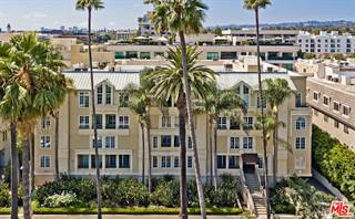 Townhouse for sale in 433 North DOHENY Drive 107, Beverly Hills, CA, 90210