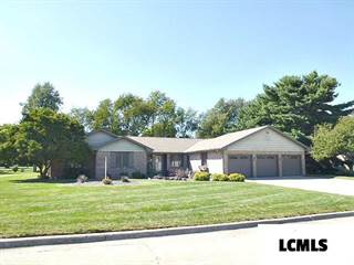 Single Family for sale in 13 Pinehurst Road, Lincoln, IL, 62656