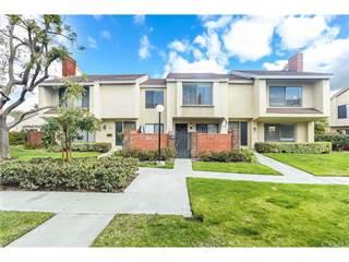 Townhouse for sale in 924 W Lamark Lane, Anaheim, CA, 92802