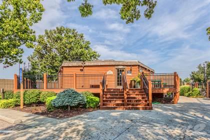 Apartment for rent in 8951 Reeder Street, Overland Park, KS, 66214