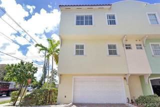 Townhouse for sale in 1705 Johnson St A, Hollywood, FL, 33020