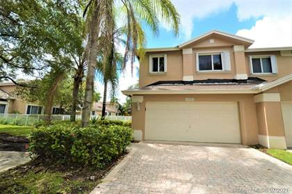 Residential Property for sale in 15822 SW 10th St, Pembroke Pines, FL, 33027