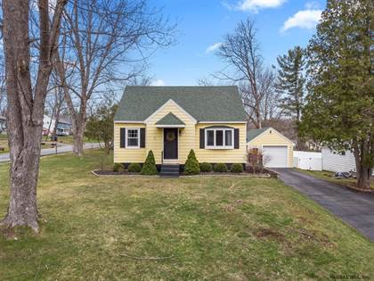 Residential Property for sale in 22 ENGLEHART DR, Greater East Glenville, NY, 12302