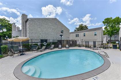 Condominium for sale in 3800 Tanglewilde Street 401, Houston, TX, 77063