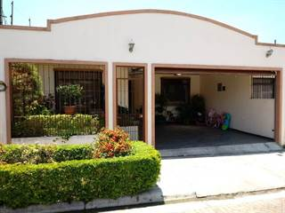 Residential Property for sale in AMPLE HOUSE IN RESIDENCIAL, Agua Caliente, Cartago