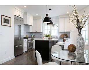 Townhouse for sale in 10 Emerson 2, Somerville, MA, 02143
