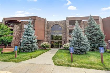 Residential Property for sale in 2210 Midland Grove Road 102, Roseville, MN, 55113