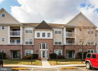 Condo for sale in 1402-B BONNETT PL #128, Bel Air South, MD, 21015