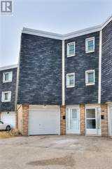 Condo for sale in 35 -ELMSDALE Drive, Kitchener, Ontario, N2E2G4