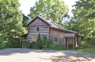 Single Family for sale in 105 A/B Oak St, Lewisburg, WV, 24901