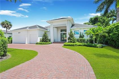 Residential Property for sale in 677 Fountainhead LN, Naples, FL, 34103