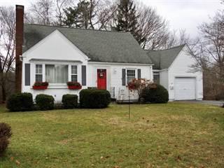House for sale in 143 Kiwanee Road, Warwick, RI, 02888