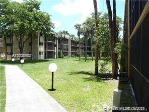 Residential Property for rent in 10387 N Kendall Dr R7, Miami, FL, 33176