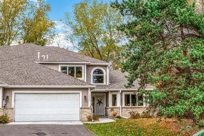 Residential for sale in 2249 Ferris Lane, Roseville, MN, 55113