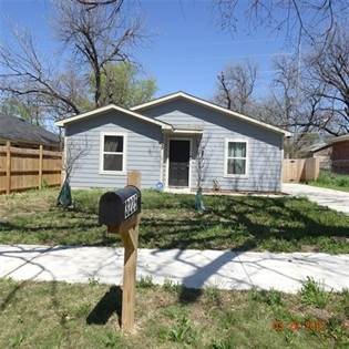 Residential for sale in 3225 Hanger Avenue, Fort Worth, TX, 76105