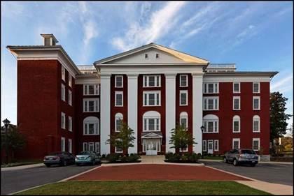 Residential Property for sale in 100 VILLAGE DR 405, Staunton, VA, 24401