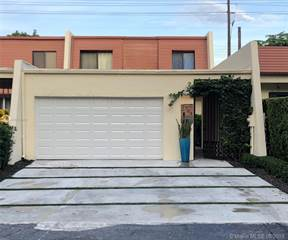 Townhouse for sale in 7724 SW 102nd Pl, Miami, FL, 33173