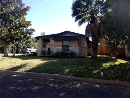 Residential Property for sale in 504 Ollie St, Llano, TX, 78643