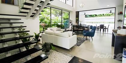 Condominium for sale in Upscale Contemporary Home in Exclusive Condominium, Santa Ana, San José