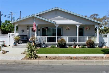 Residential for sale in 3817 Stearnlee Avenue, Long Beach, CA, 90808