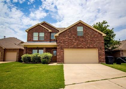 Residential for sale in 10405 WINDWAY Avenue, Oklahoma City, OK, 73162