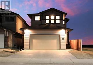 Single Family for sale in 118 Blackwolf Bay N, Lethbridge, Alberta