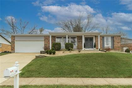 Residential for sale in 586 Monroe Mill Drive, Ballwin, MO, 63011