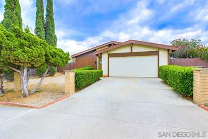 Residential Property for sale in 8621 Carlton Oaks Dr, Santee, CA, 92071