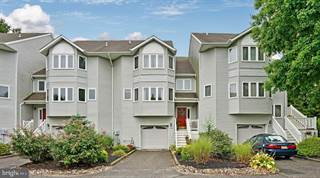 Condo for sale in 193 MUSKFLOWER COURT, Toms River, NJ, 08753