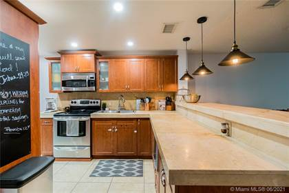 Residential Property for sale in 1121 NW 99th Ter 34, Pembroke Pines, FL, 33024